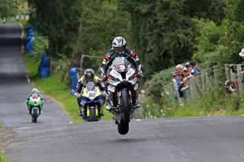 Michael Dunlop declared fit for Ulster Grand Prix