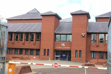 Couple in court over child cruelty charges