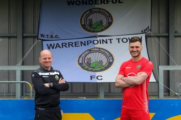 Conor Mitchell joins Warrenpoint Town